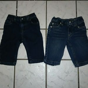 2 jeans soze 3-6 months